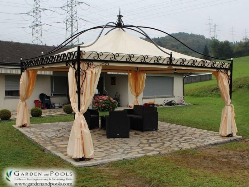 Massiver Pavillon  DUBAI  - Garden and Pools