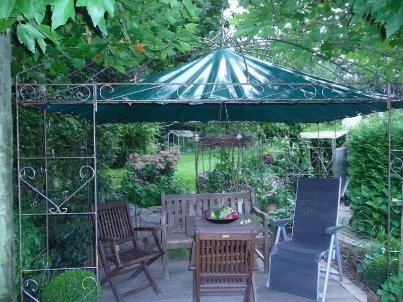 pavillon omega gro er sch n verstrebter pavillon. Black Bedroom Furniture Sets. Home Design Ideas